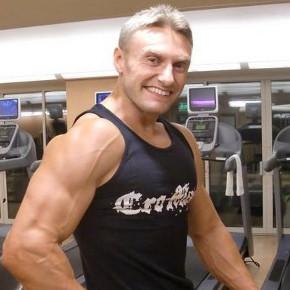 Pumping (non-heme) Iron: Robert Cheeke on VeganBodybuilding
